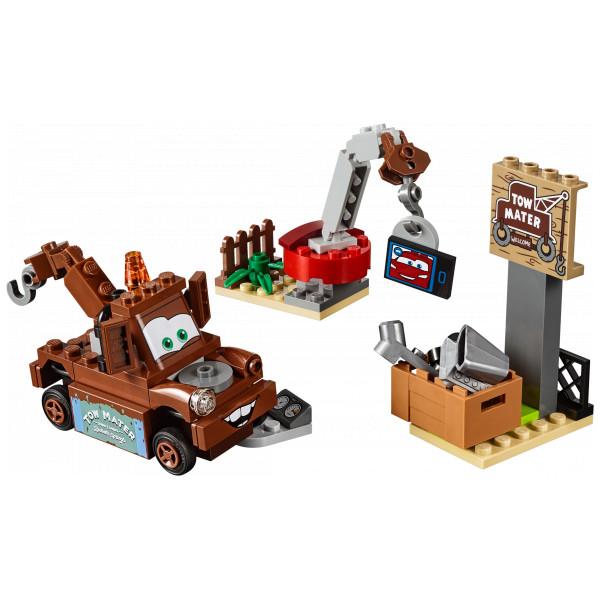 Lego Juniors - Mater's Junkyard 10733 från Lego