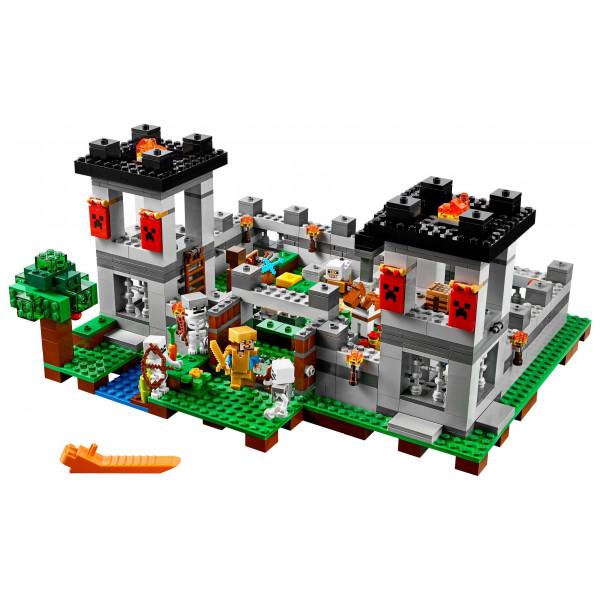 Lego Minecraft - The Fortress 21127 från Lego