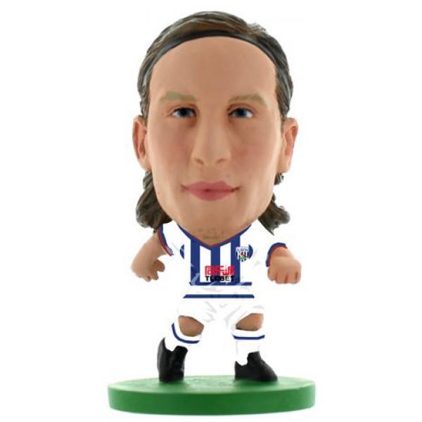Soccerstarz Miniatyrfigur West Bromwich Jonas Olsson - Home Kit Classic från Soccerstarz